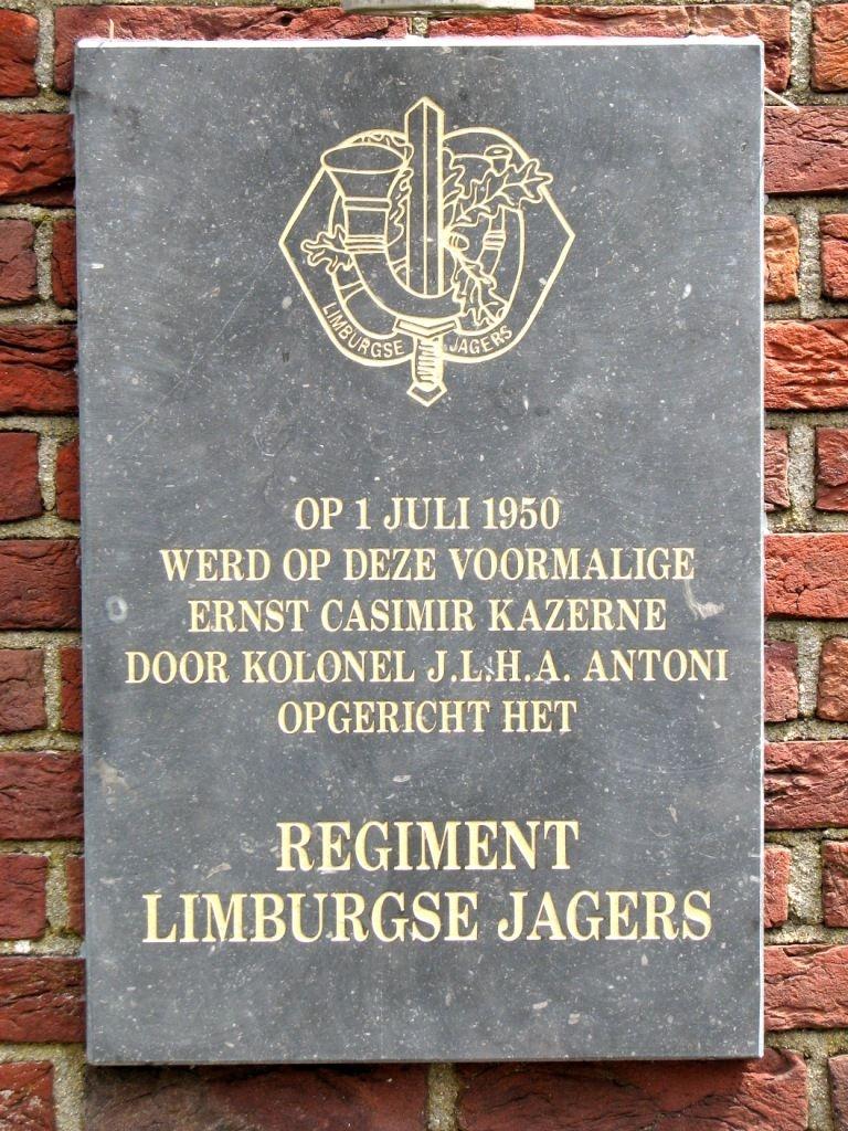 Plaquette Roermond 60 jaar Regiment